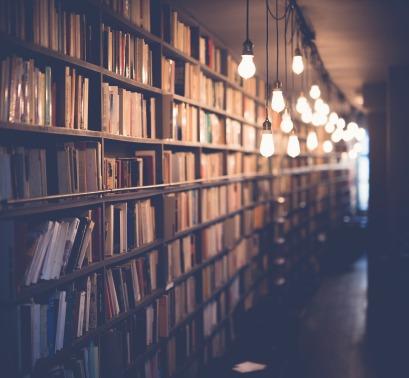 books-2596809_1280